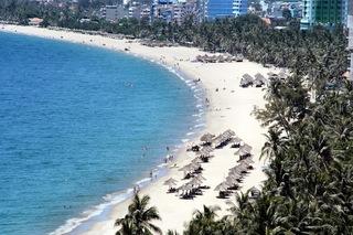 nhatrang-beach.jpg